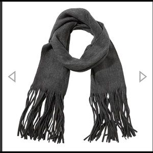 BNWT Lucky Brand scarf